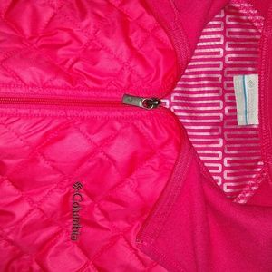 Columbia  Quilted Hooded Vest size medium